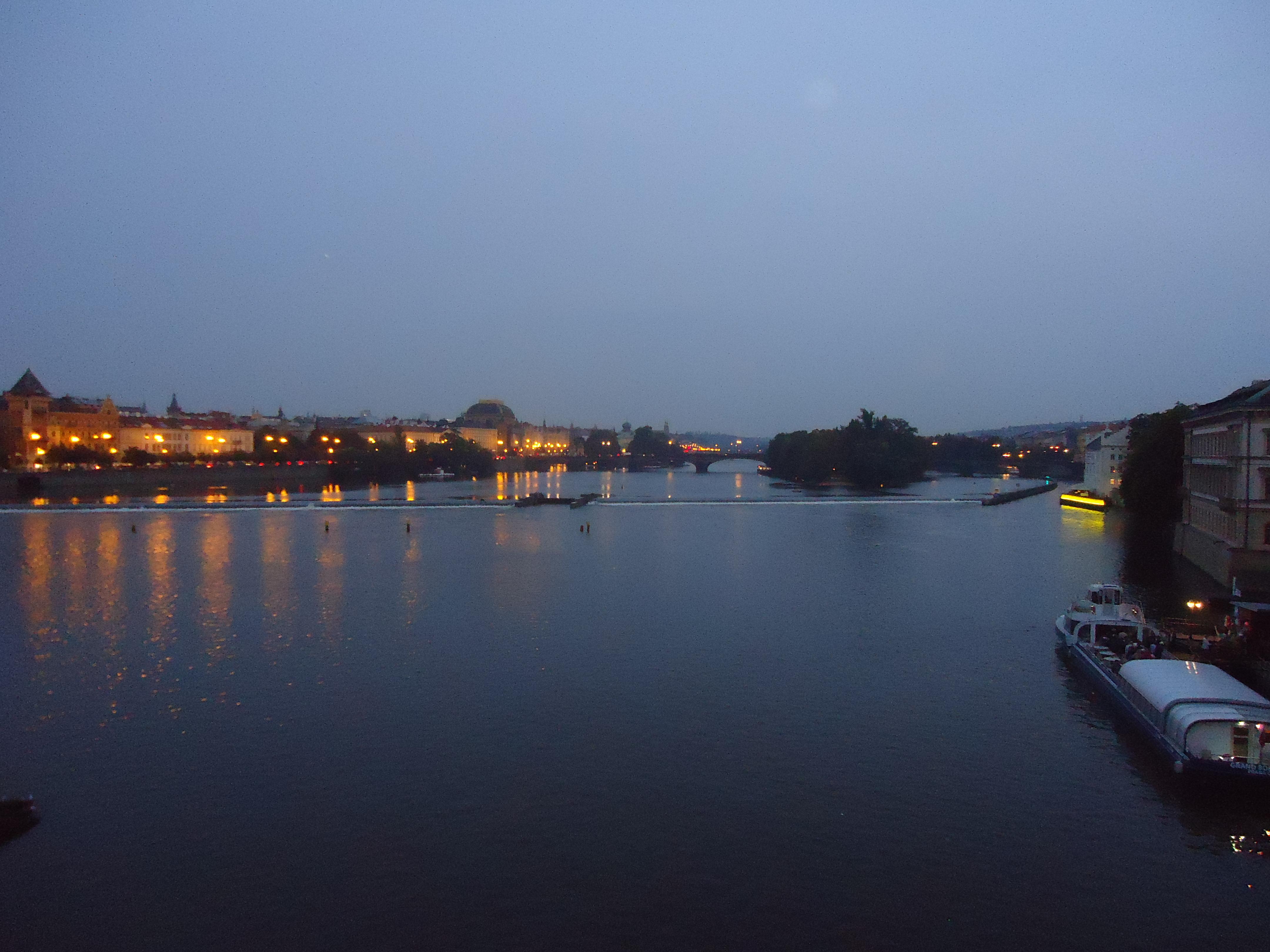 Prague by night... crawling with Irish criminologists!